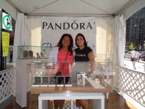 f12015 pandora perrywinkle stand