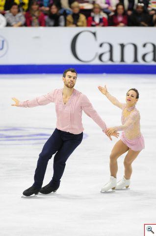 La pareja canadiense Meagan Duhamel y Eric Radford se adjudicó el primer lugar en Skate Canada International 2016. Foto cortesía Skate Canada/Stephan Potopnyk
