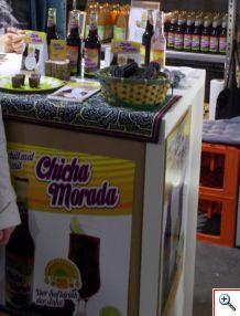 Nuestra querida Chicha Morada como refresco embotellado, una novedad
